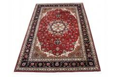 Tabris - kwiatowy dywan z Chin 100% wełniany w klasycznym czerwonym kolorze 200x300cm