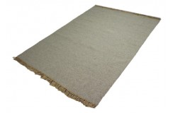 Gładki janobrązowy dywan dwustronny ręcznie tkany - kilim 140x200 HIT II gatunek