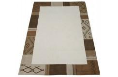 Gładki w centrum beżowy dywan do salonu 100% wełniany tafting 160x230cm