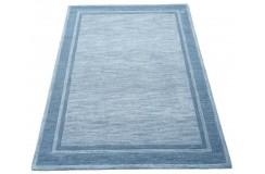 Niebieski nowoczesny dywan w pasy do salonu 100% wełniany tafting 160x230cm