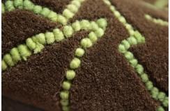 Czekoladowo brązowy dywan z zieonym filcowanym wzorem 160x230