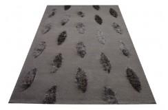 Brązowy dywan wełniany z pięknymi poliestrowymi aplikacjami 160x230