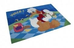 Wysokiej jakości dywan dla dzieci na licencji Disney 100% akryl 120x170cm Kaczor Donald