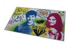 Oryginalny dywan High School Musical na licencji Disney 100% poliamid do pokoju dziecięcego