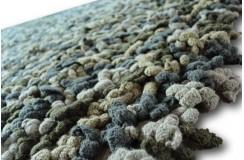 Beżowy ciekawy dywan wełniany Ava Handfab jak robiony na szydełku baaardzo gruby